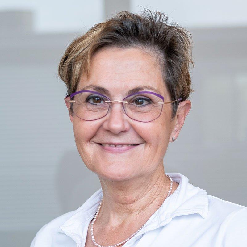 Portrait Dr. med. Ina Stenner   Brustzentrum Passau RADIO-LOG